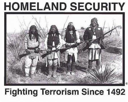 Verenigde Staten van Amerika terroriseren de rest van de wereld sinds eeuwen