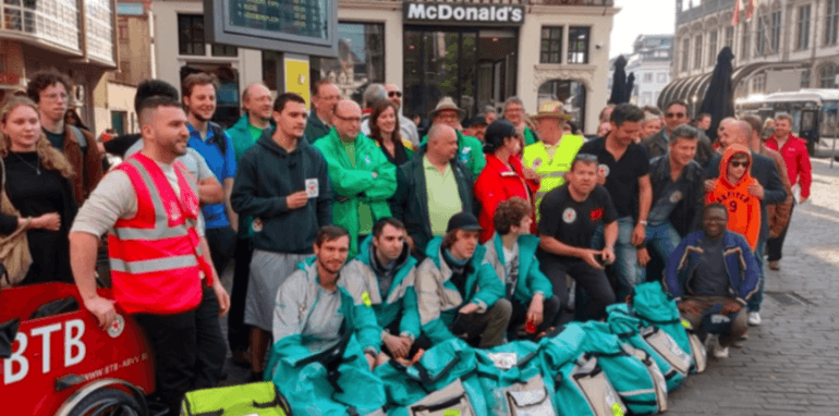Deliverookoeriers in protest in Gent in 2019.