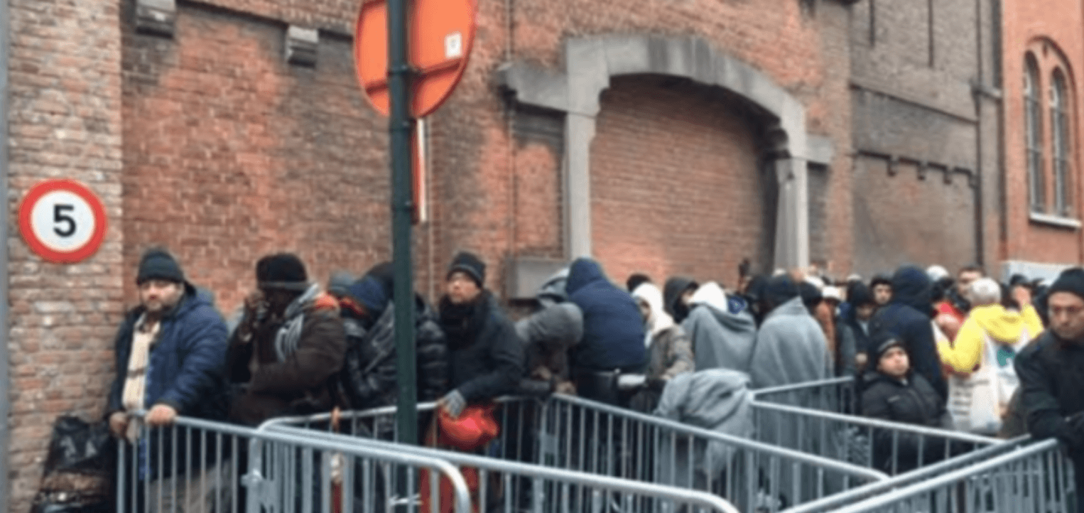 Vluchtelingen aan Klein Kasteel in Brussel.