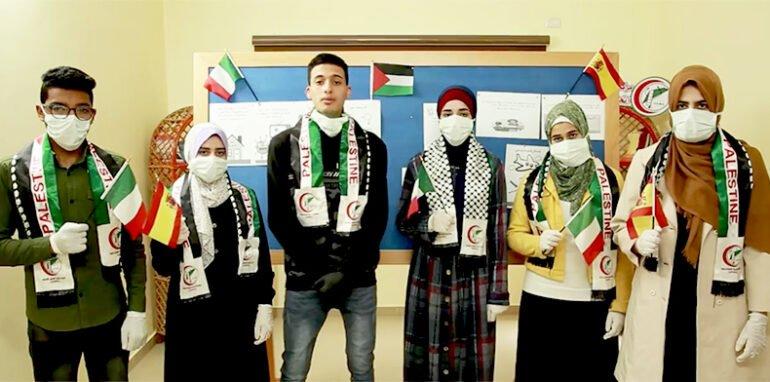 Jonge vrijwilligers van Union of Health Work Committees in Gaza sturen solidariteitsboodschap naar Europa
