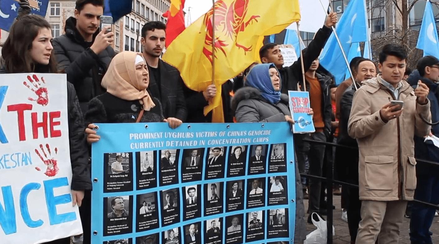 Actie in Brussel tegen de vervolging van Oeigoeren in China.