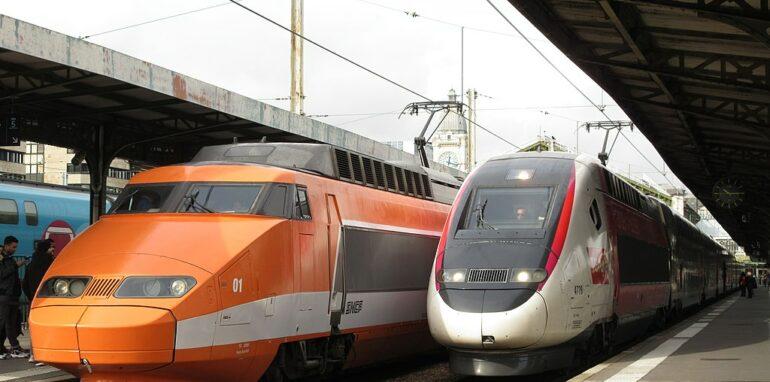 TGV-Sud-Est en TGV Lyria, Paris-Gare de Lyon.