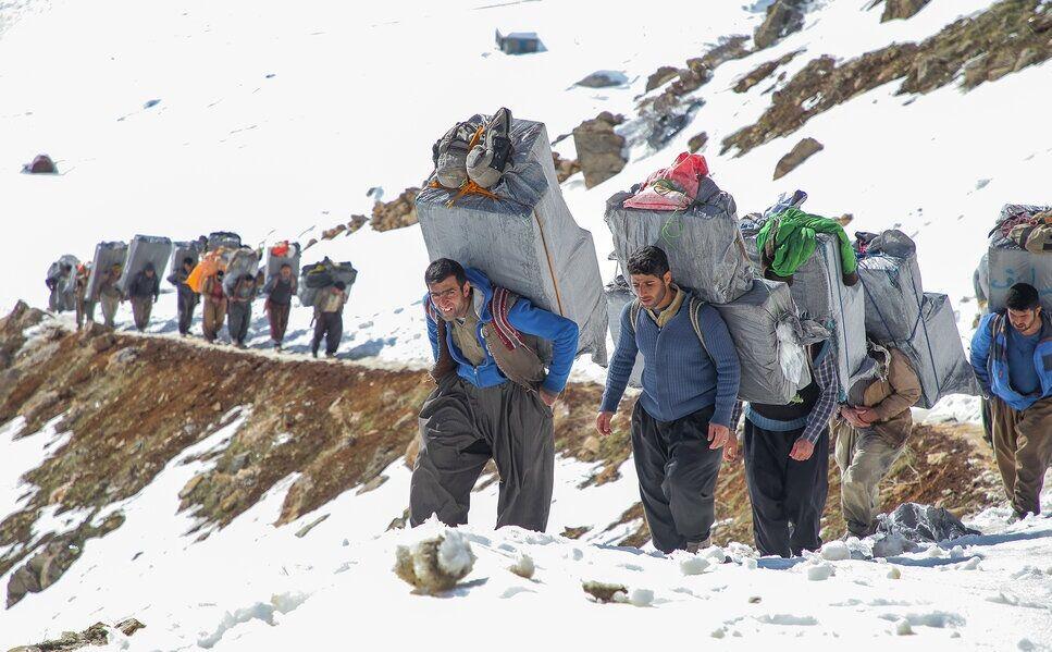 Koerdische smokkelaars en de Iraans-Iraakse grenshandel vol gevaren